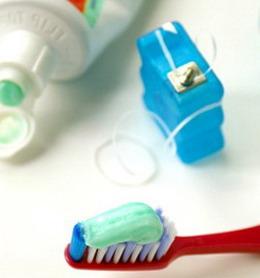 Kaip prižiūrėti implantus