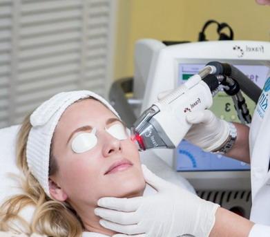 Atliekama 4d odos atjauninimo procedūra